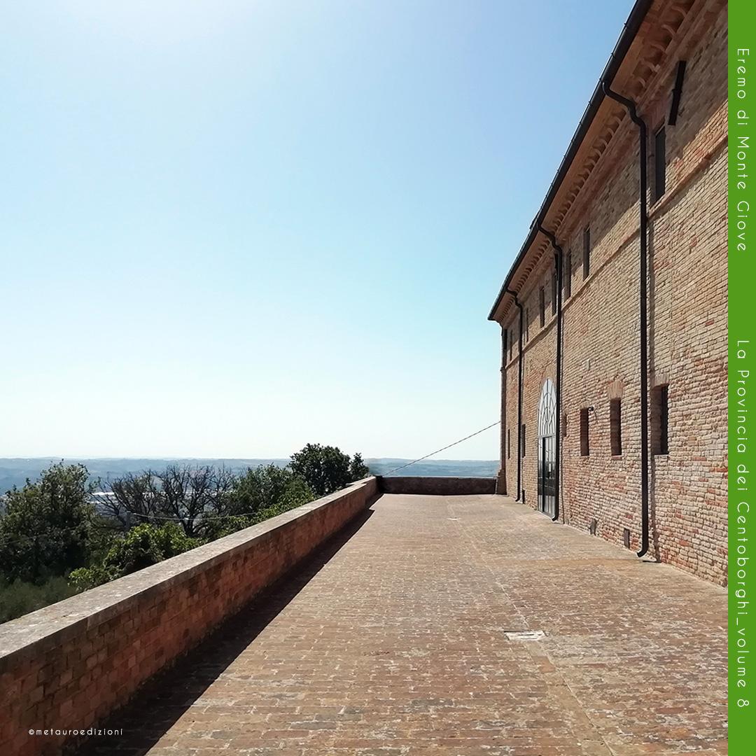 Vista-dalla-terrazza_Monte-Giove